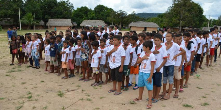 Semana do Índio: Crianças de Redenção visitam aldeia Las Casas