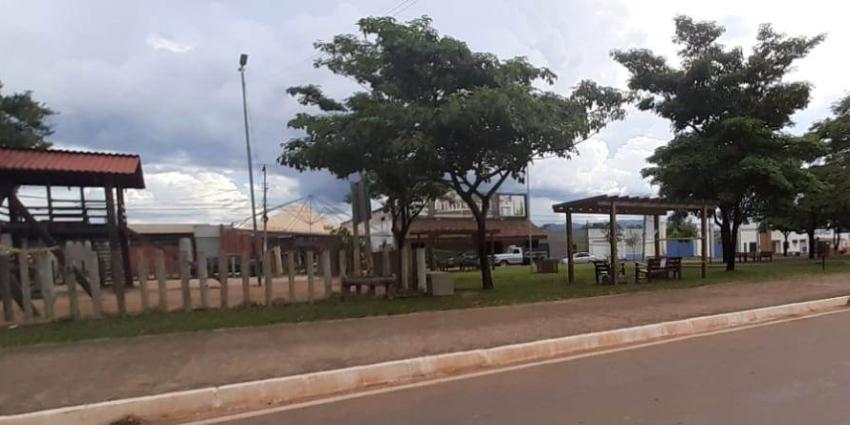 Praça do Bosque está fechada temporariamente, devido à covid-19