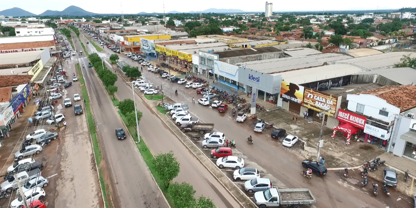 Prefeitura isenta comerciantes e ambulantes de taxas durante a cavalgada