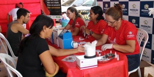 Campanha Dezembro Vermelho alerta população para a prevenção contra o vírus HIV e DST's