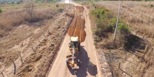 Prefeitura recupera estradas que dão acesso às praias