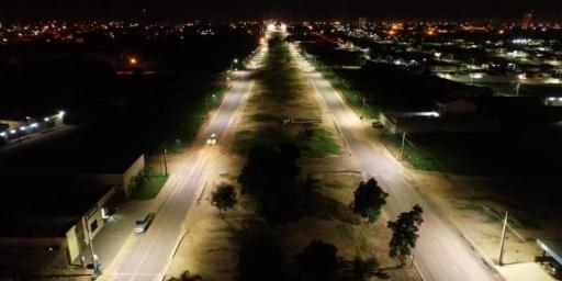 Av. Brasil está 100% iluminada