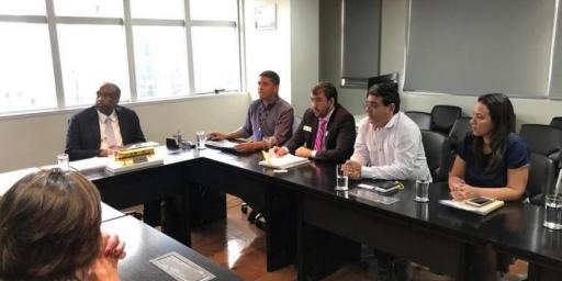 Secretário de Educação vai a Brasília em busca de recursos para construir escolas novas escolas