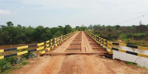 Ponte sobre o rio Arraias foi recuperada.