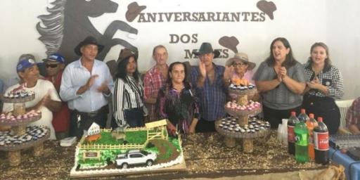 CRAS realiza festa para aniversariantes do trimestre
