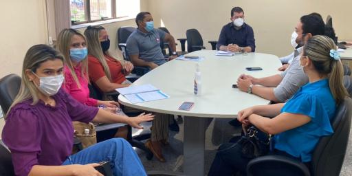 Entidades realizam reunião para discutirem retorno às aulas nas escolas municipais