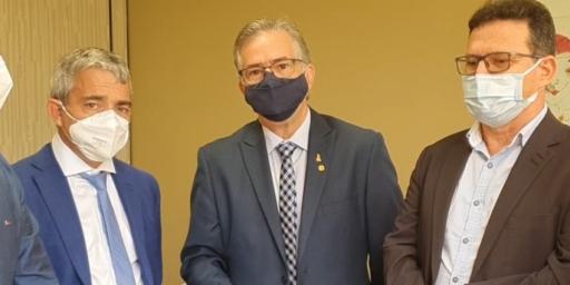 SECRETARIA DE SAÚDE RECEBE 5 CONCENTRADORES DE OXIGÊNIO DO MINISTÉRIO DA SAÚDE