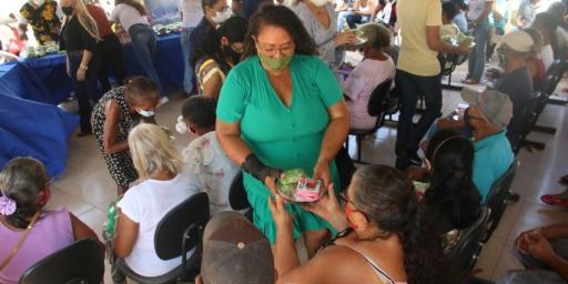 """Secretaria de Assistência Social realiza """"Comida na Mesa"""""""