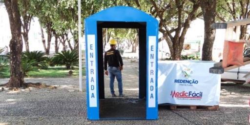 Redenção instala cabines de desinfecção