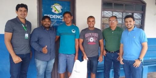Secretaria de Agropecuária distribui sementes de milho para colonos