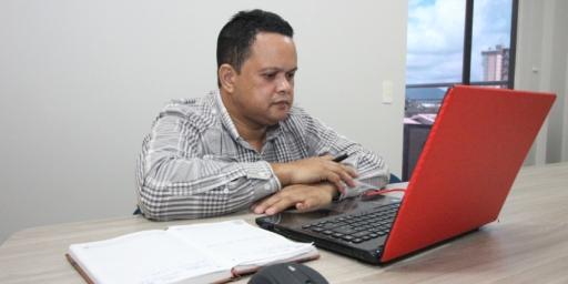 Prefeitura e SEBRAE discutem implantação de treinamento para fornecedores