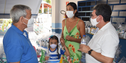 Escolas municipais de Redenção recebem kits de segurança contra a Covid-19