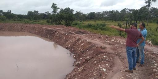 Produtor da Campina Verde recebe orientação de técnicos da Secretaria de Agropecuária de Redenção