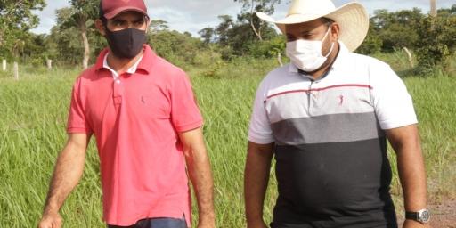 Equipe da Secretaria de Agropecuária visita propriedades rurais