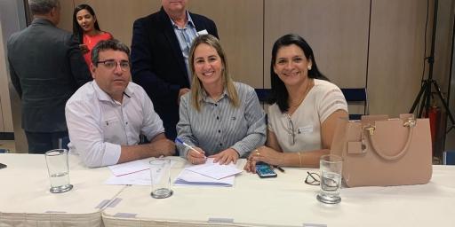 Prefeito Iavé e Secretário Vanderly Moreira conseguem verba para a Educação
