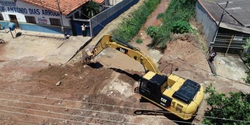 Prefeitura inicia construção de ponte nova na Av. Mato Grosso